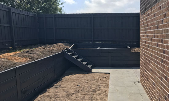 Deck-And-Fence-Building-Protection-And-Maintenance-Specialist-In-Melbourne-Australia-Fence-Painting-in-Melbourne